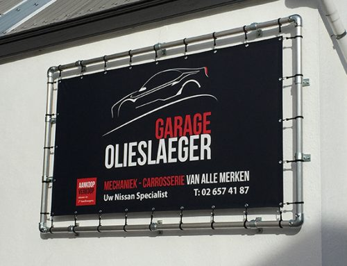 Spandoek in frame Garage Olieslaeger